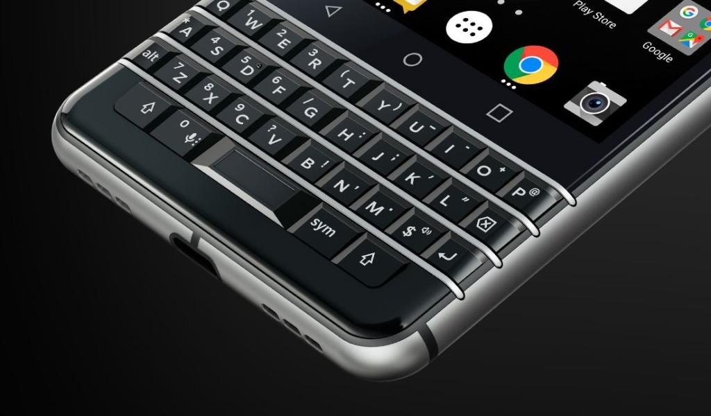 出典:公式サイト。BlackBerry KEYone キーボード