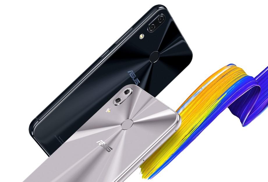zenfone 5(公式サイトより)