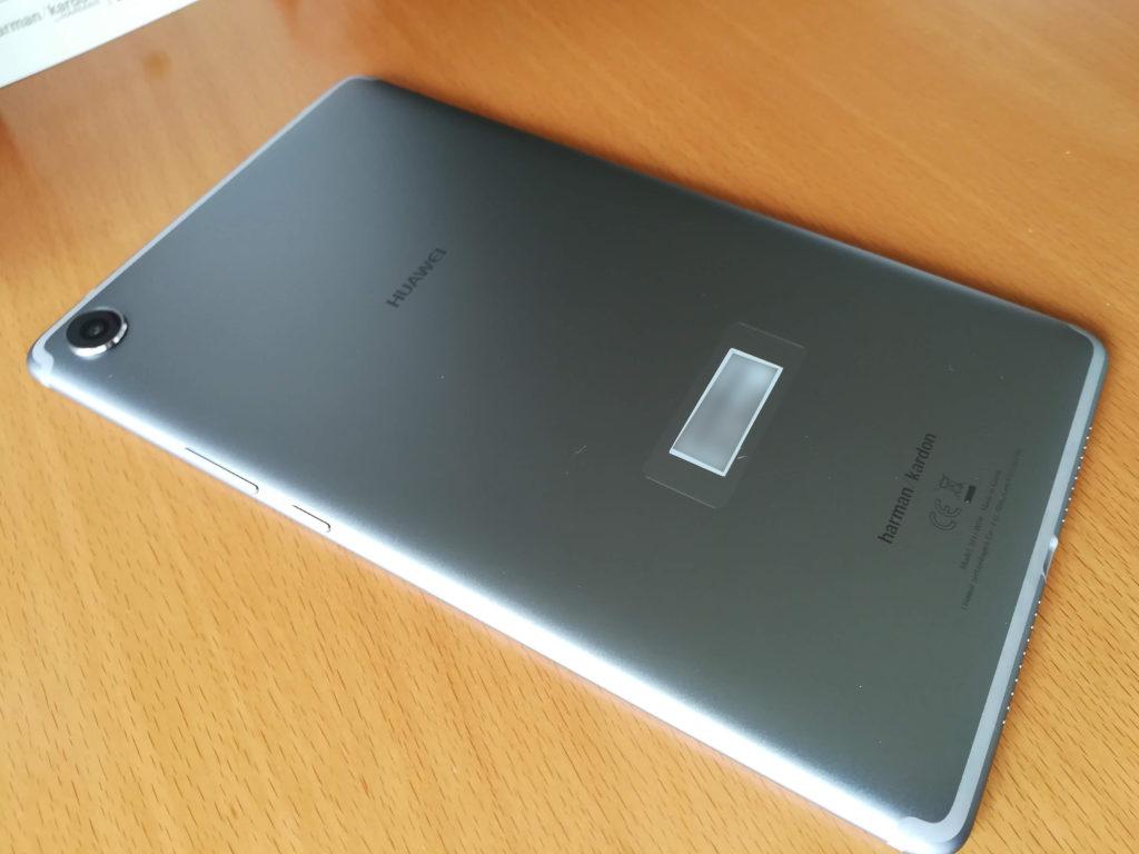 MediaPad M5の背面