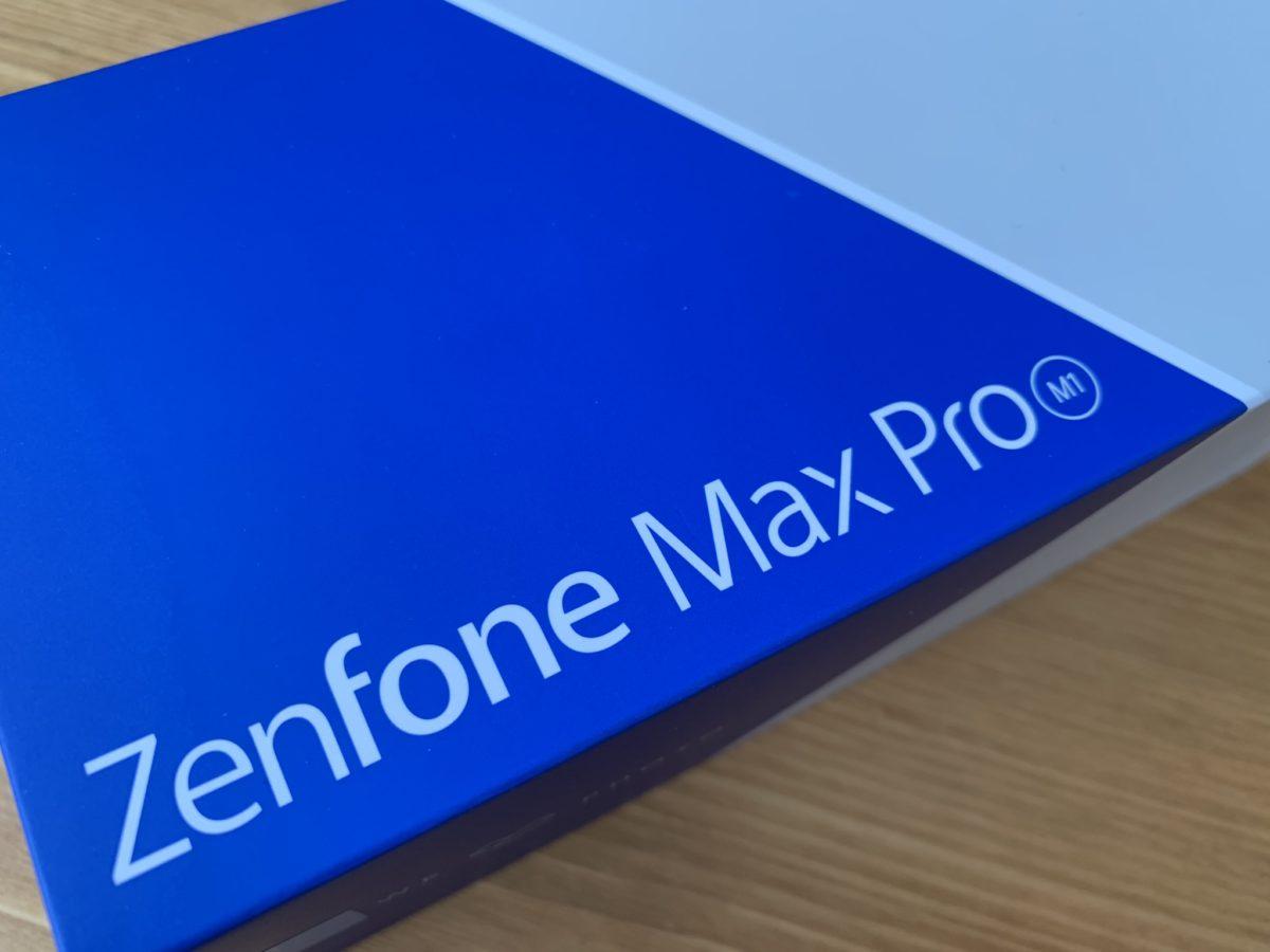 Zenfone Max Pro M1の外箱