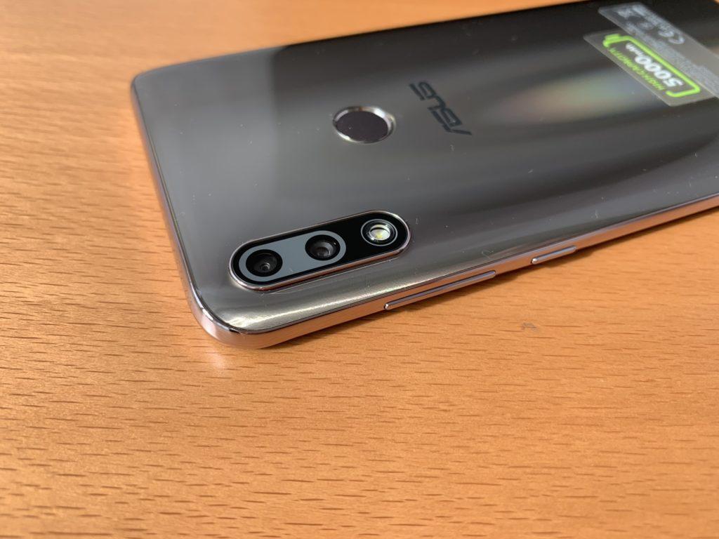 ボディデザインはiPhoneを超えた?