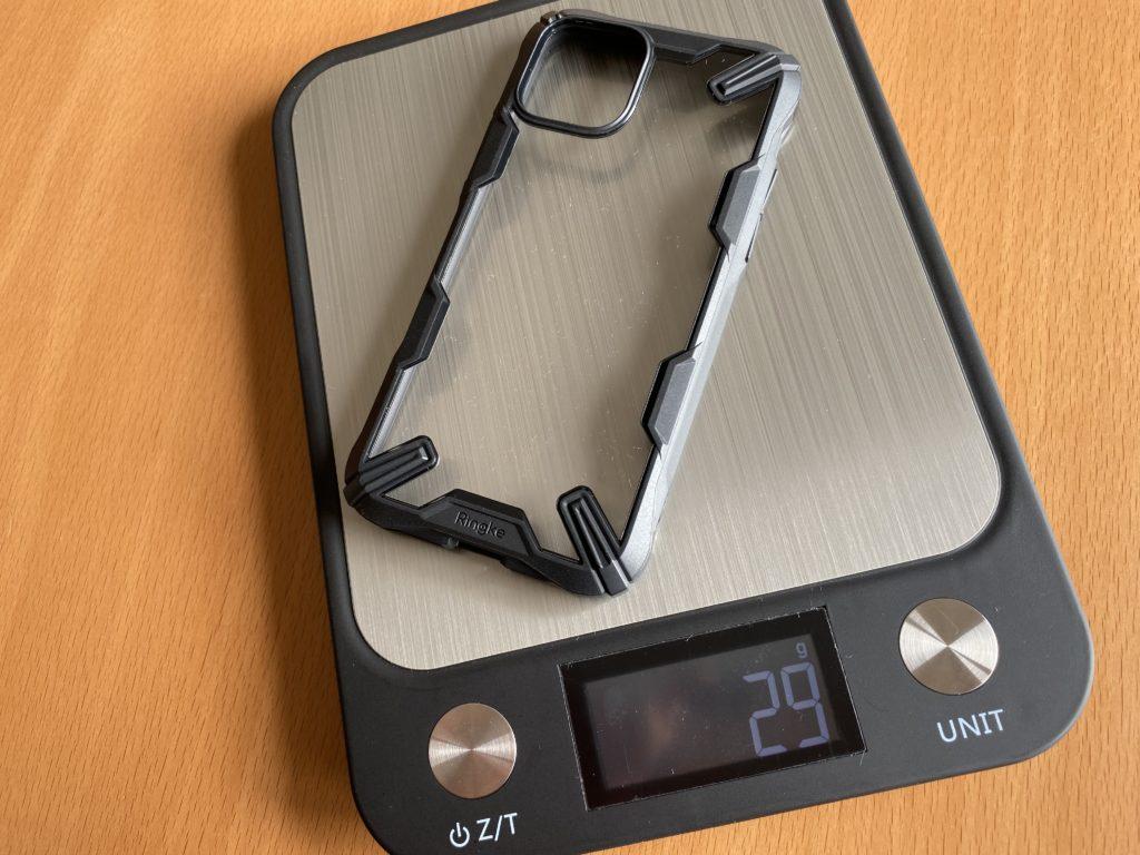 ケースの重さは29グラム