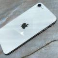 iPhone SE 2の色選び!ホワイト白があれっ?11やXRと比較してわかったこと。