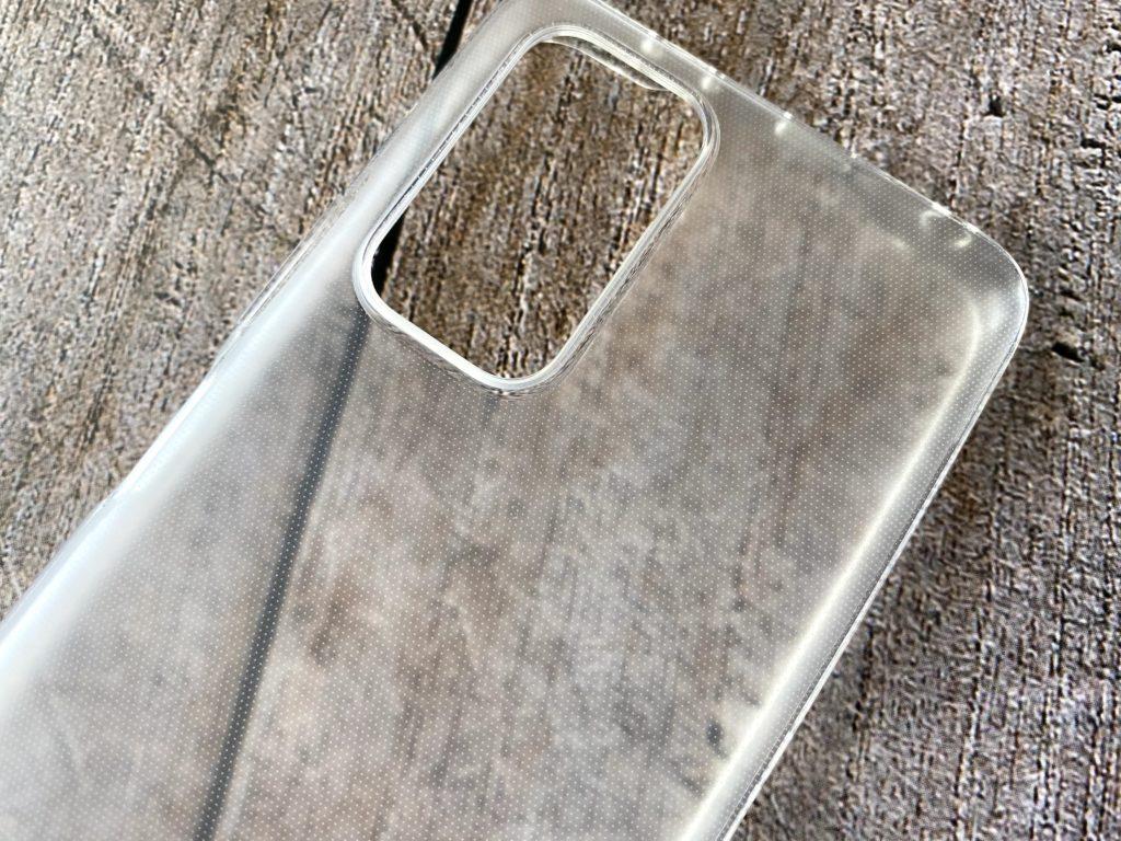 Redmi Note 10 Proのソフトケースは半透明