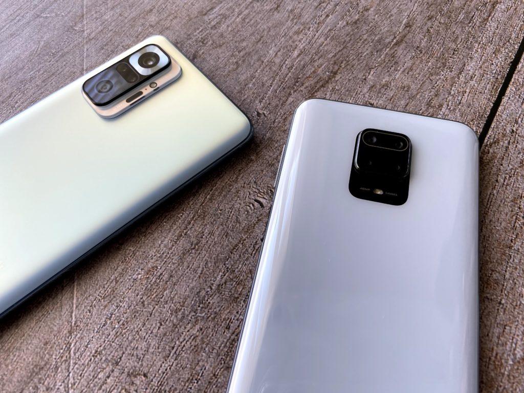 Redmi Note 10 Pro(左)とRedmi Note 9S(右)