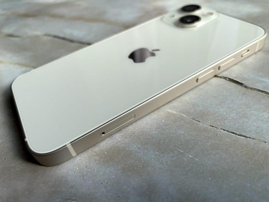 iPhone 12 mini高級感が心地よい