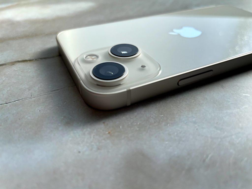 iPhone 13 miniのカメラ結構かっこいい